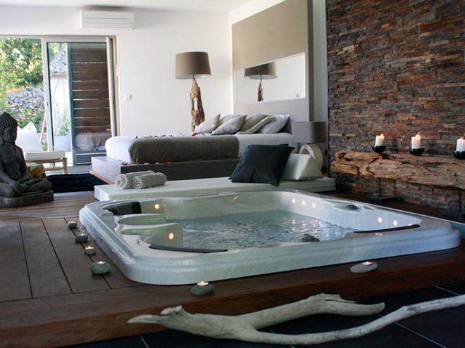 Suite 609 Pacha Avec Piscine Privee Chauffee Et Jacuzzi Privatif Meuble Chambre A Coucher Chambre Hotel Jacuzzi