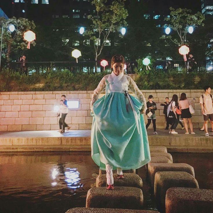 한복 Hanbok : Korean traditional clothes[dress] #청춘한복아랑 #한복나들이 #아랑스타일 #studio_arang