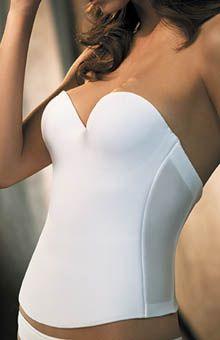 Este corset reductor afinará tu cintura y el busto y será imperceptible dentro del vestido- lee el resto de los secretos para lucir mas delgada el dia de tu boda!