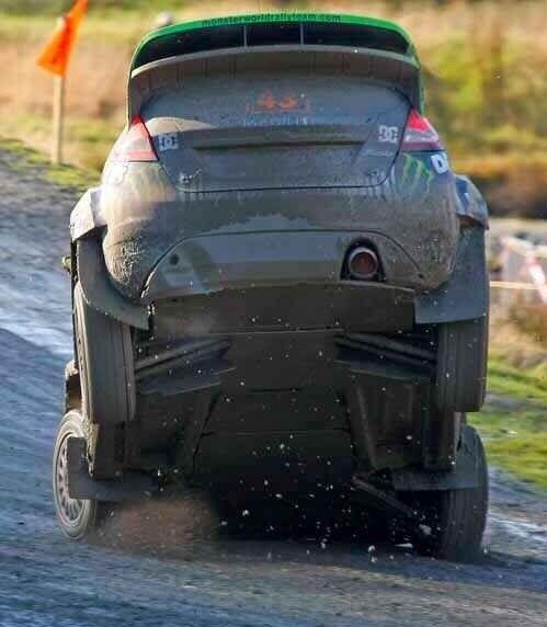 痛っ #geton #car #auto ↓他の写真を見る↓ http://geton.goo.to/photo.htm