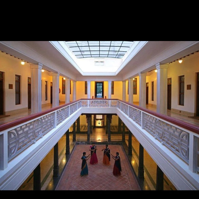9 best Dreamhouse images on Pinterest | Chettinad house, Places to ...
