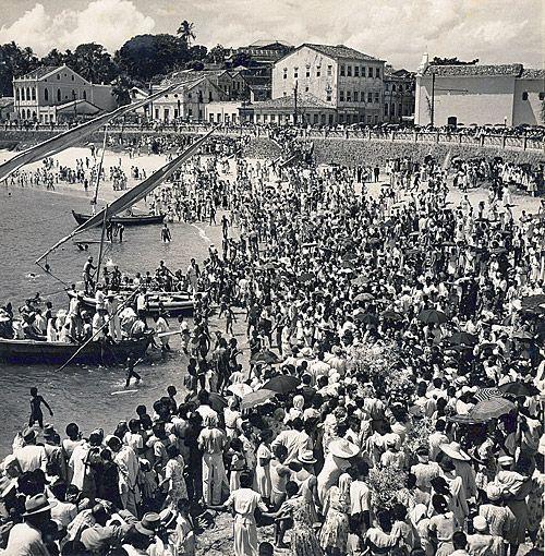Festa de Iemanjá em 1950 - Rio Vermelho, Salvador, Bahia.