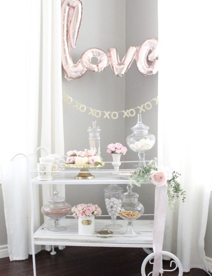 Simple Valentine's Decor! Lovely but not your traditional reds and pinks. Come see what I added to my Living Room, Dining Room, and kitchen nook this year!