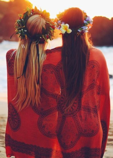 Lei crowns, sunsets, and best friends makes for a perfect afternoon on the beach.