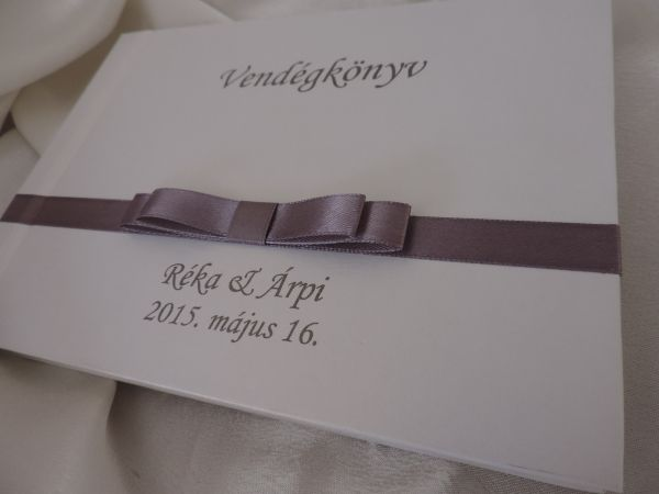 00075 - Vendégkönyv dupla szatén masnival díszített - Papírral bevont esküvői vendégkönyvek - Esküvői vendégkönyvek, emlékkönyvek - Webáruház - Esküvői meghívó, esküvői vendégkönyv, ültető és menükártya, köszönetajándék