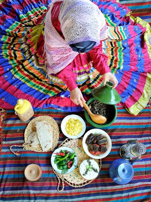"""♥ """"Iranian cuisine is one of the world's finest, an intriguing mixture of sweet and sour that owes nothing to the Chinese version."""