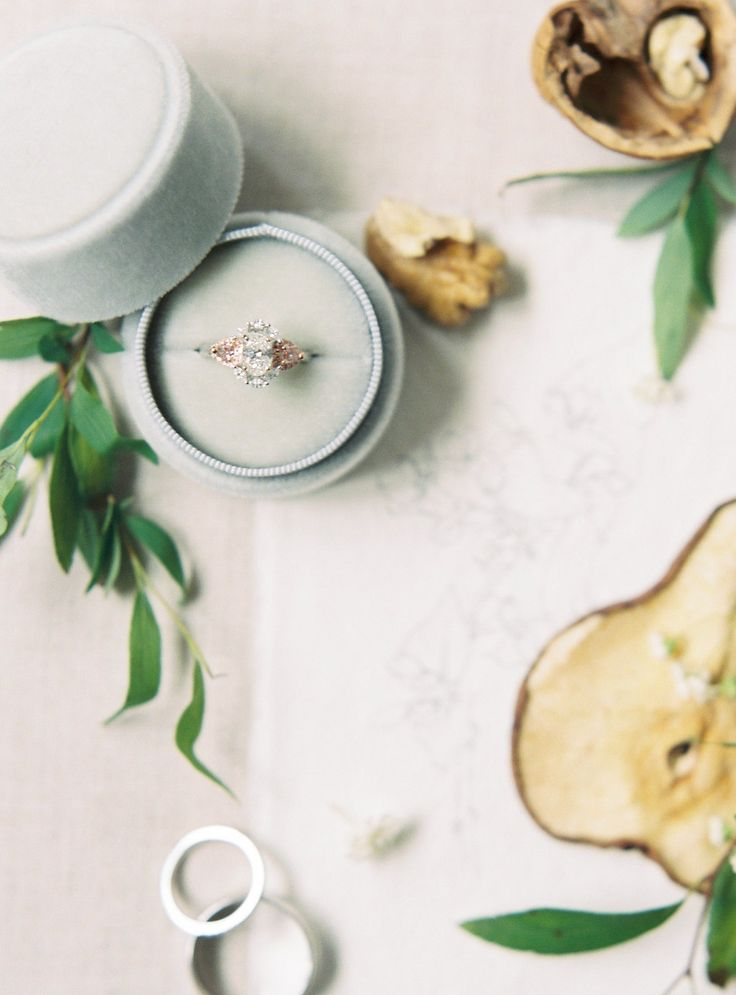 engagement ring light blue ring box | Photography: Katie Grant