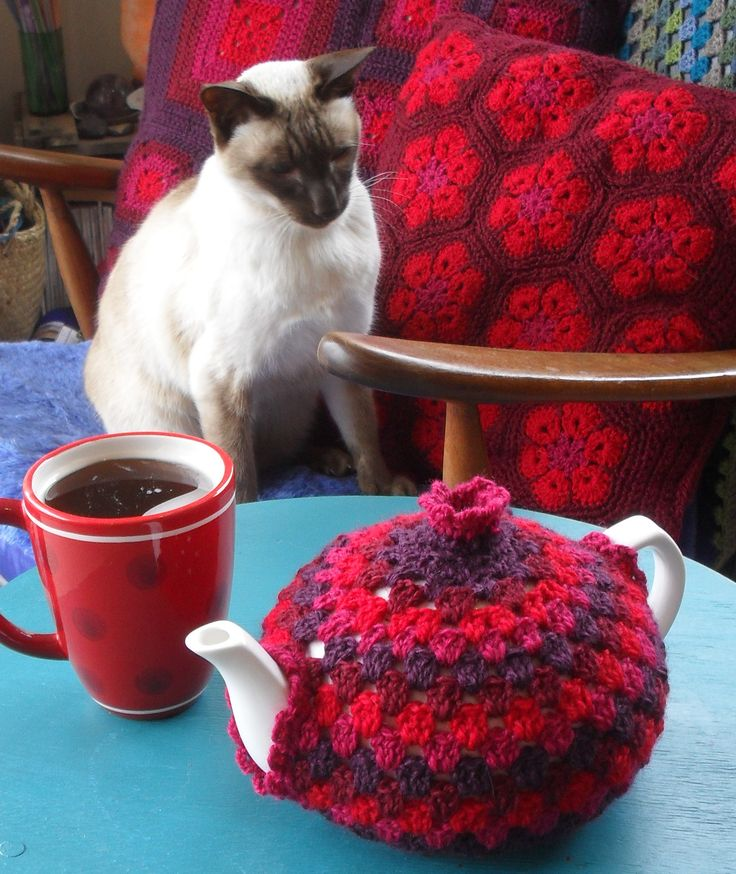 Granny Tea Cozy Tutorial! | Crochet with Raymond. This guy's tutorials are so clear and so much fun!!