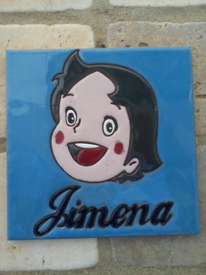 Placa hecha por encargo, personalizada para regalo. Realizada en cuerda seca sobre azulejo de 15x15cm.