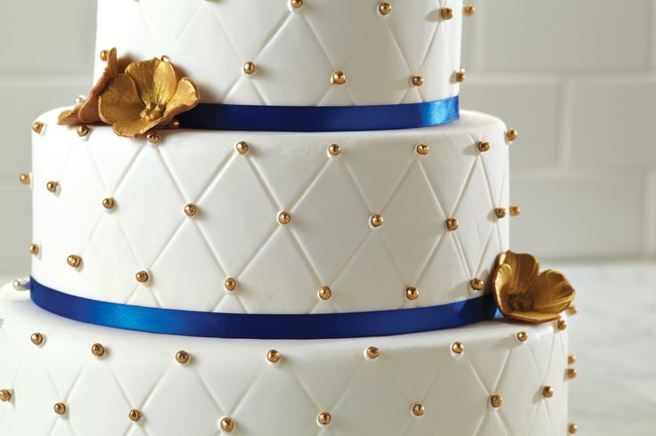 Cake Boss Dirty Icing Recipe : 27 best images about Easy as Cake on Pinterest Bakeware ...