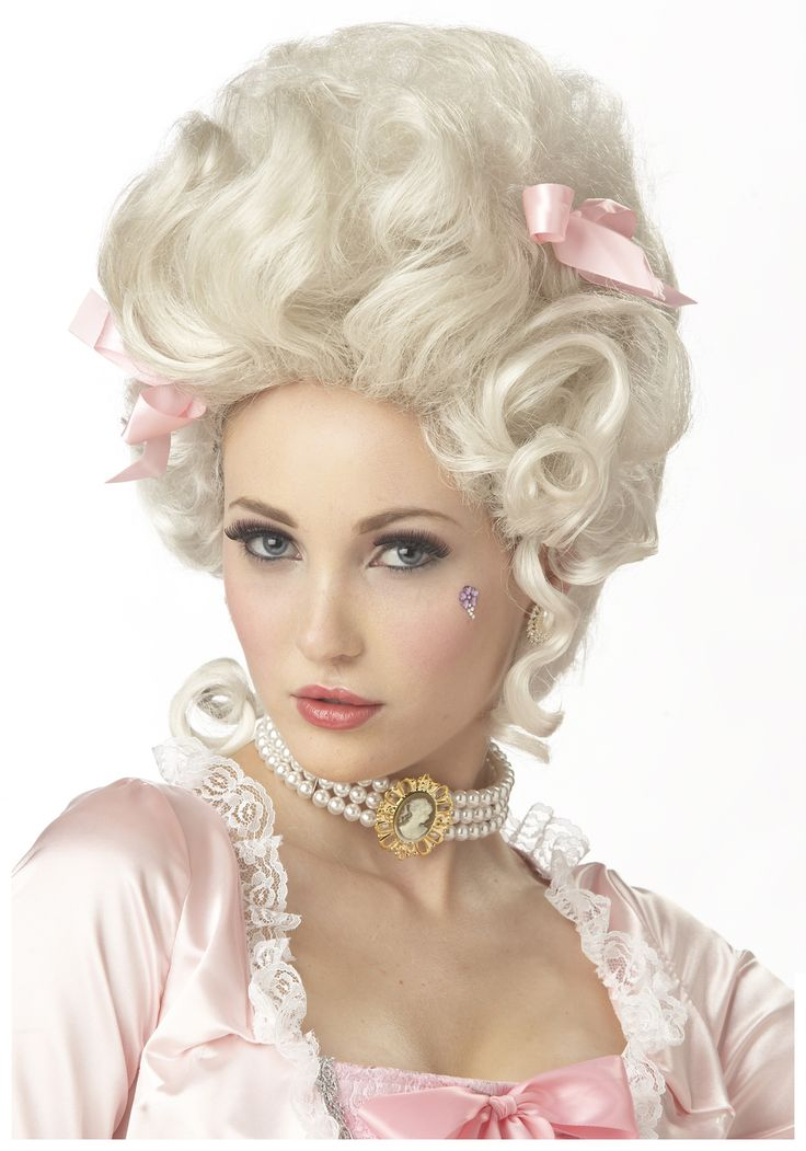 Marie Antoinette Wig. I think we may need it, just so it reads the SECOND that sketch starts.
