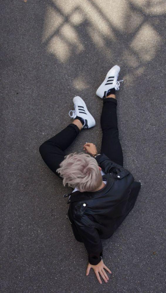 Gótico suave: 93 looks para quem ama usar preto R