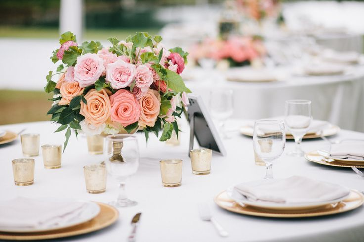 Blushing table centerpiece