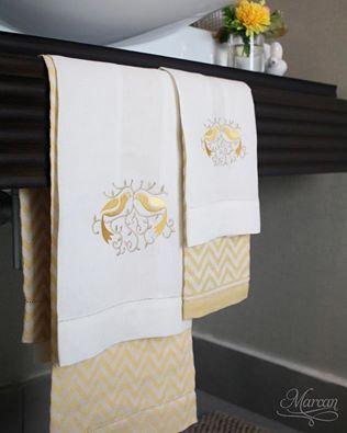 Guest Towels Con Bordado De Pajaritos, Un Delicado Detalle Para Mamá. # . Guest  TowelsBathroom AccessoriesEmbroidery