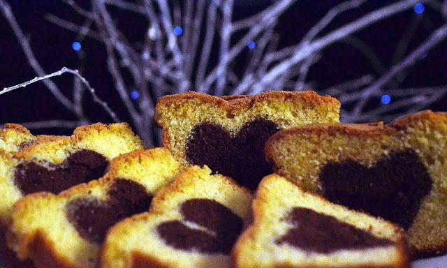 Frământări la cuptor: Chec cu inima de ciocolata