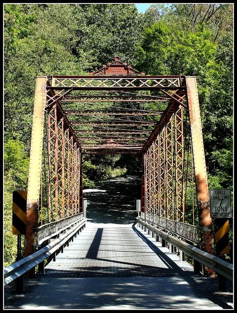Fredericktown, Columbiana County, Ohio by erjkprunczyk, via Flickr >>>ew621 Beaver Creek,below >>>ew621