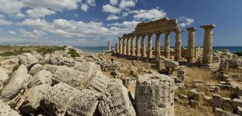 Sicilia: Si #arrampica sul #tempio e cade   Studentessa in gita è grave (link: http://ift.tt/2mHWMoG )