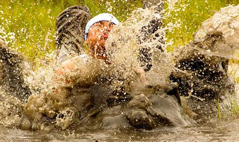 mud run team wipe-out