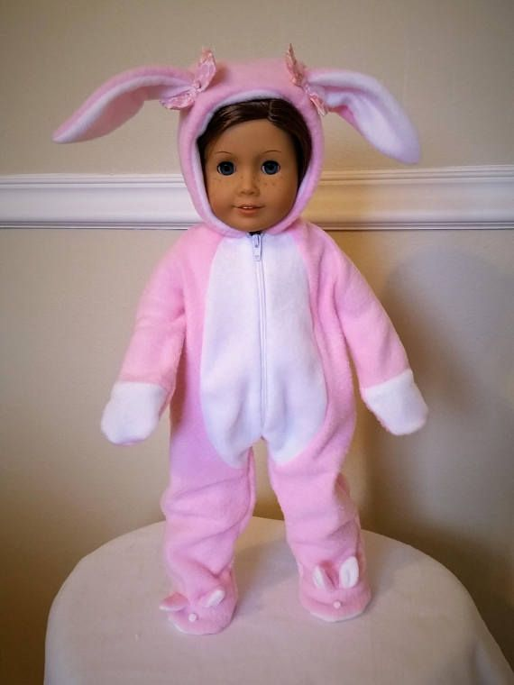 8464ef91d80a This adorable bunny suit is perfect for your beautiful 18 inch doll or American  Girl doll to dress up in for holiday. Perfect for Easter