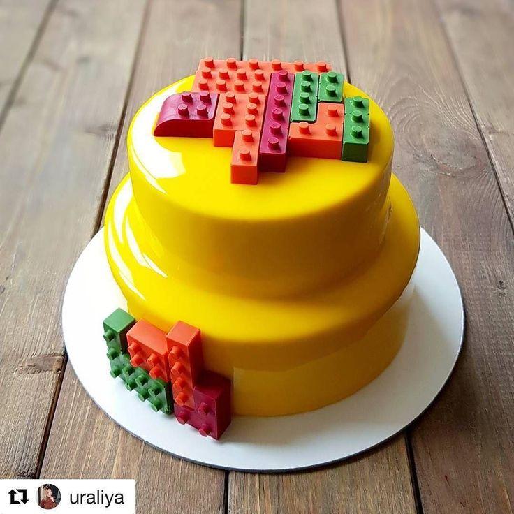 """#Repost @uraliya (@get_repost) @bakelikeapro  Когда торт - это гостинец то начинка на мой вкус а оформление по увлечению именинника  Любим всем сердцем  Верхний ярус """"Морковка"""" нижний ярус манго-маракуйя-молочный шоколад  #chocolate #gateau #cake #chefstalk #chefsofinstagram #cheflife"""