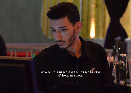 Concentrare  people, stories & photos - www.humansofploiesti.ro