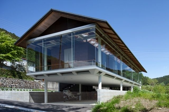 Glass House Japan hey you know what they say about Glass Houses