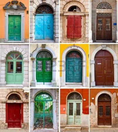 Un collage de fotos de las puertas delanteras de colores para casas y viviendas photo