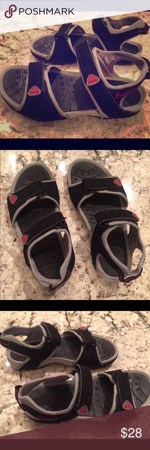 Men's Nike Sandals Size 9 - great condition Nike Shoes Sandals & Flip-Flops