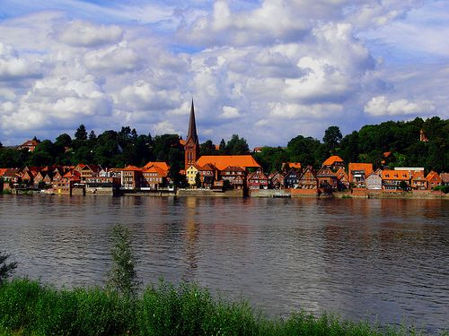 Lauenburg - Founded in the 12C, Lauenburg rests on the Elbe River, where the seafarer population has been replaced with an artist community.
