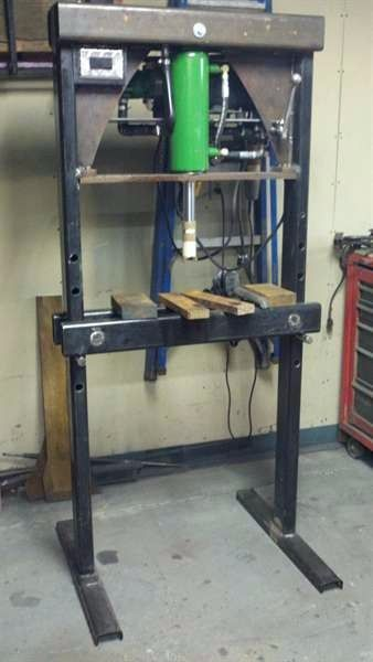 252 best bricolage images on Pinterest Tools, Welding projects and - fabrication presse hydraulique maison