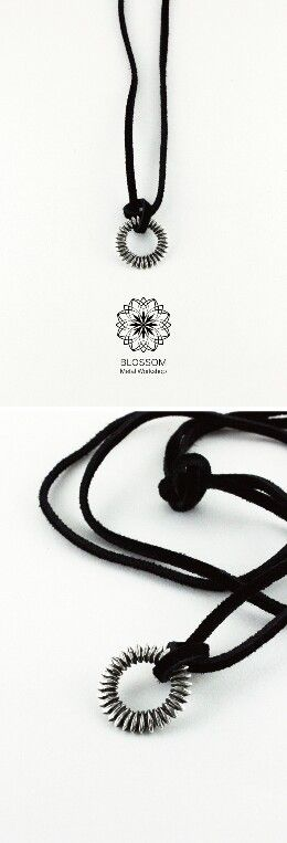 【 向日葵 】 ● 設計款 ─ 花瓣外圈;鏤空設計。