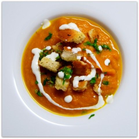 Закусочный суп из батата и моркови.