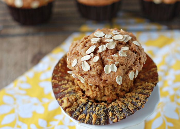 Whole Wheat Pumpkin Oat Muffins recipe - Moist, hearty muffins that make the house smell like fall. Love these!