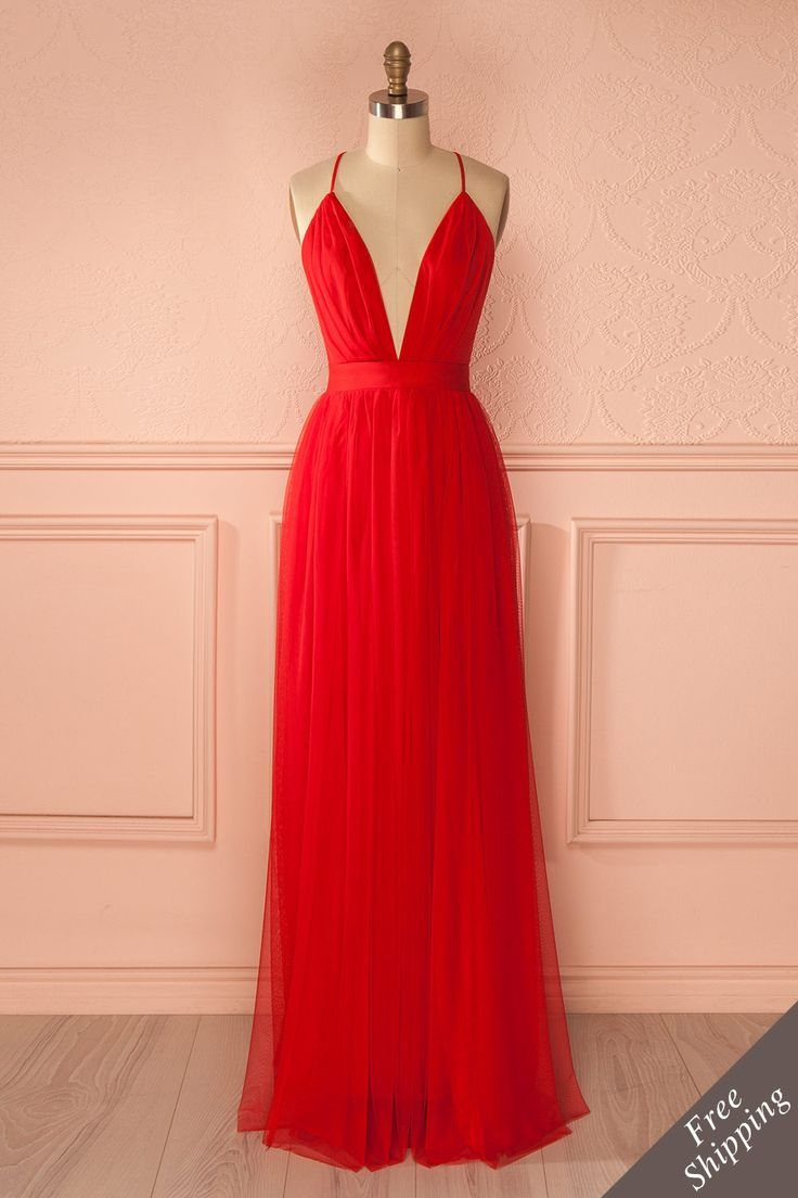 Elif Passion   Robe longue filet rouge dos ouvert - Red mesh maxi dress open back  www.1861.ca