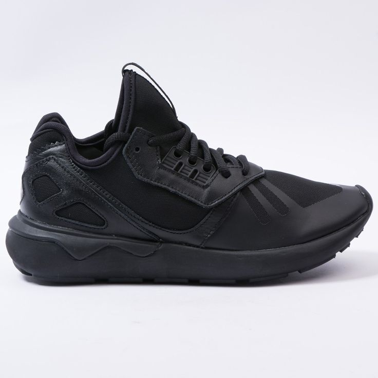 Adidas tubular runner black