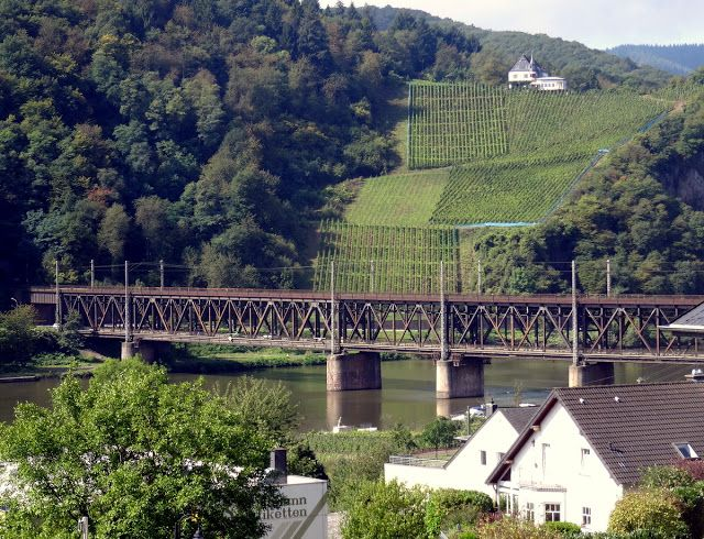 Doppelstockbrücke, connecting the villages of Alf and Bullay.