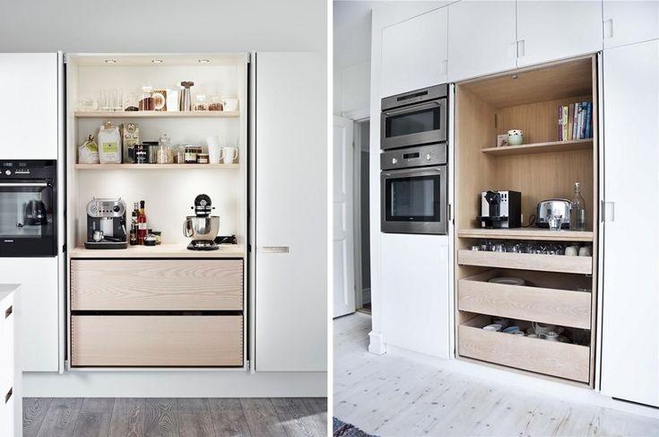 Our breakfast cabinet / Aamiaiskaappi eli ovien taakse kätkeytyvä työtila hyllyillä