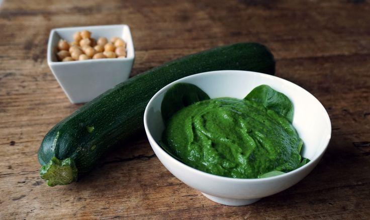 Zelfgemaakt baby hapje recept met spinazie, courgette & kikkererwten