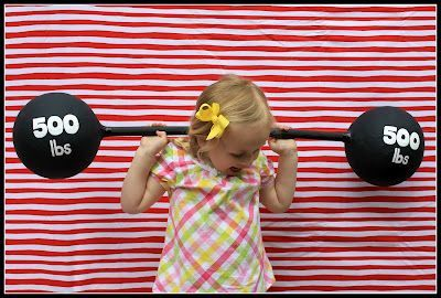 Barbell Tutorial - Picture Booth Idea. Would work great at a #PTO or #PTA carnival!