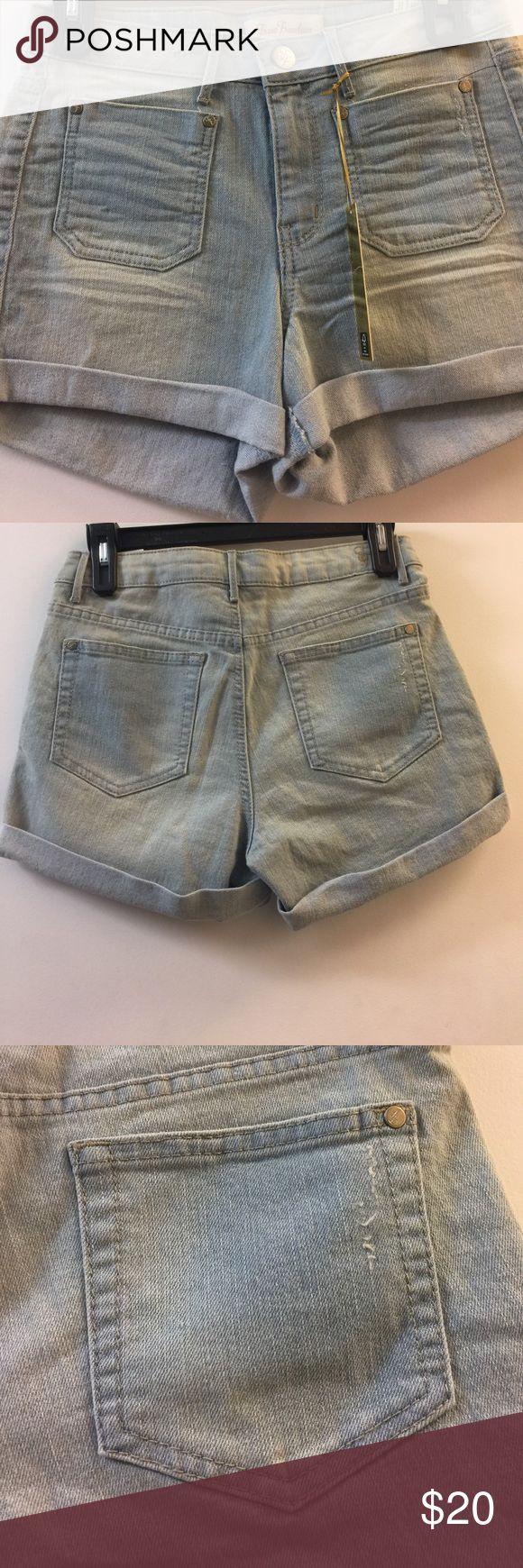 True freedom juniors short Jeans True freedom juniors GABI Bow Wow/short Jeans True Freedom Shorts Jean Shorts