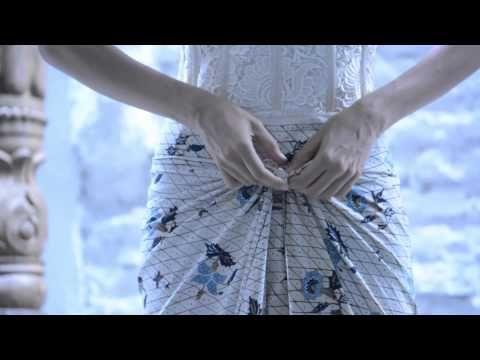 Tutorial Memakai Kain Batik Sebagai Celana Padanan Kebaya - YouTube