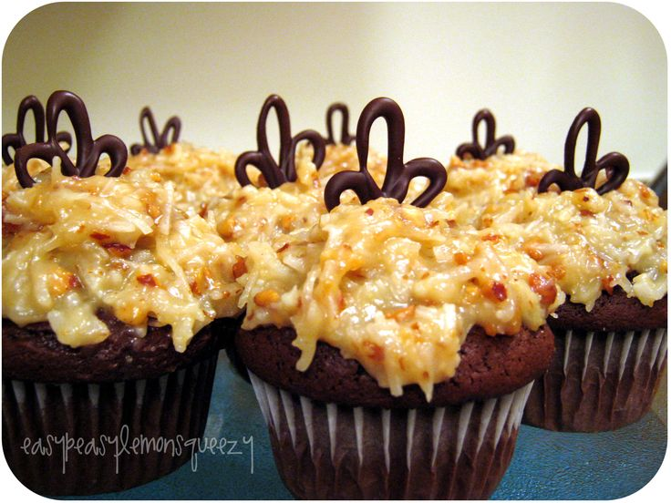 {Cupcake Week- Day 2} I have never been much of a fan of that coconut frosting that generally comes with German Chocolate Cake, mainly beca...