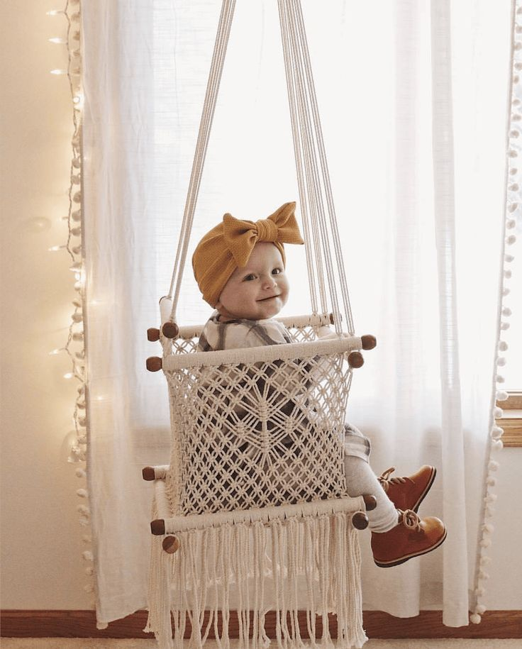 Best 25 baby hammock ideas on pinterest scandinavian for Diy macrame baby swing