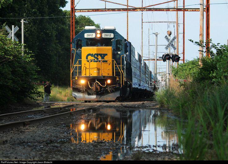 RailPictures.Net Photo: CSXT 2812 CSX Transportation (CSXT) EMD GP38-2 at Tinton Falls, New Jersey by Jason Bialecki