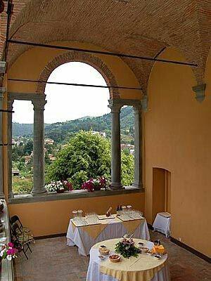 A villa in Tuscany#yourweddingbycharismaitaly