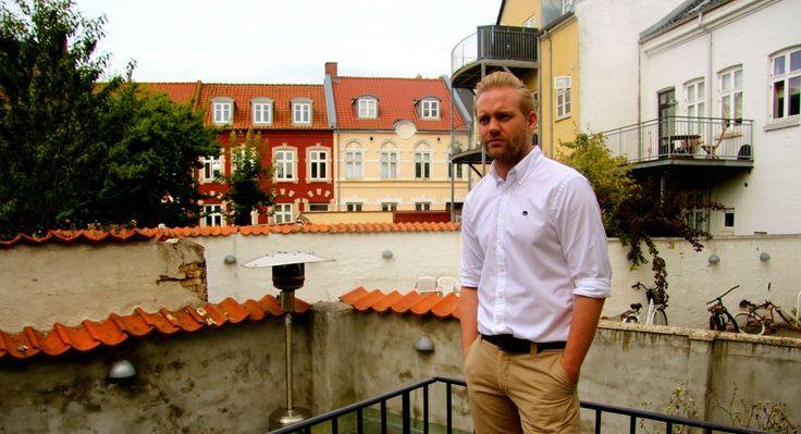Anmeldelse af det nye herremode mærke Mozzo, der producerer kvalitets skjorter, læderjakker og boxershorts til mænd.