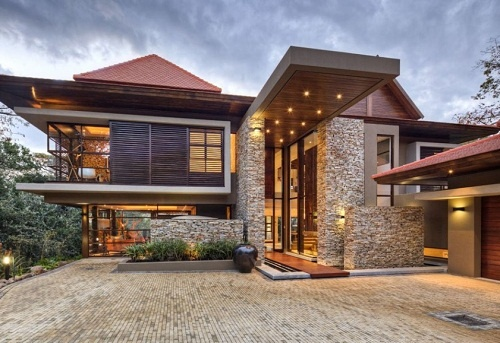 Quot Sgnw House Is Modern Two Storey House And It Is Located