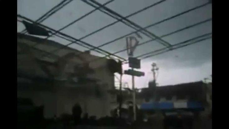 Angin Puting Beliau terbesar yang ada di indonesia yang dapat anda saksikan pada video berikut ini. musibah merupakan kehendak allah yang patut kita percaya ..
