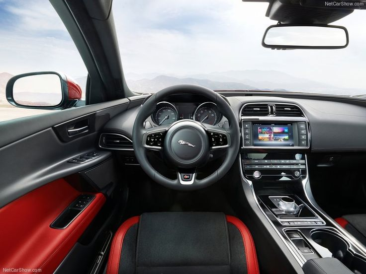 Jaguar-XE_S_2016_Interior