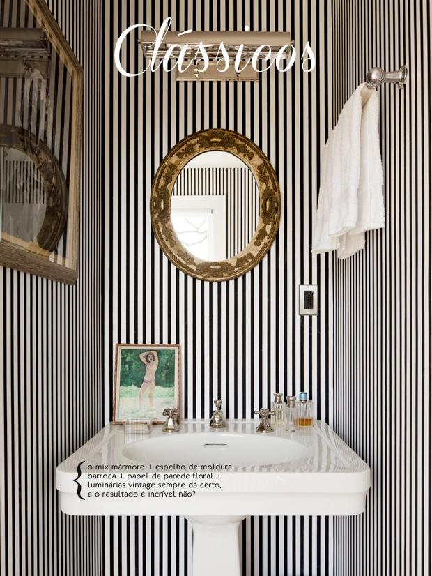 Striped wallpaper and baroque mirror, perfect combination. #decor #modern #interior #design